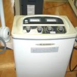 マイクロ波を使った温熱治療器です。